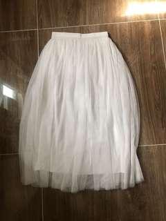 白色紗長裙