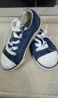 Boy's canvas shoes Dunlop