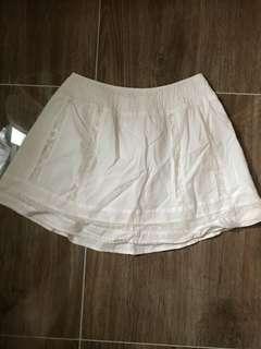 Cotton on短裙