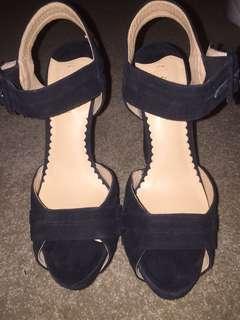 Siren Black Suede High Heels Size 8 Good Condition