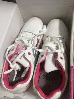 🚚 Jump 運動鞋
