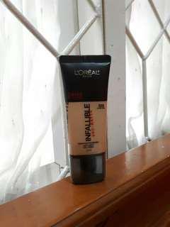 L'OREAL Infallible Pro Matte Foundation shade #105 Natural Beige