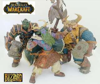 WORLD OF WARCRAFT ACTION FIGURE MURADIN THRALL FUSION STORMRAGE FIGURE TOYCOM 2002 BLIZZARD WARCRAFT COLLECTIBLE TOYS ( SET OF 3 FIGURE ). RARE SET.!!!