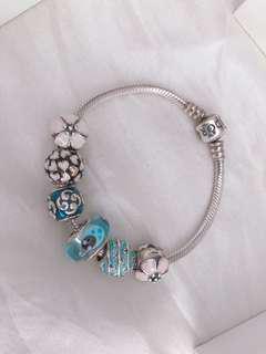 Pandora Bracelet/charms/bangle