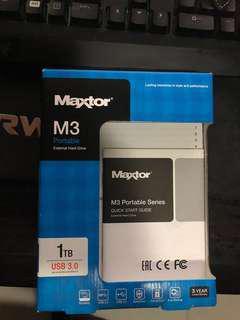 Maxtor 1tb external hard drive