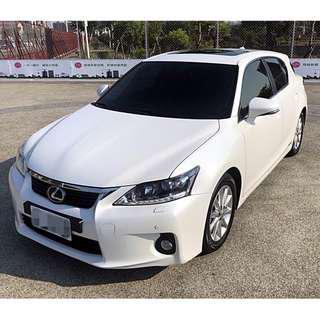 2011年 凌志 CT200h Navi頂級版 1.8L 白 全車原版件 全程原廠保養 只跑5萬 一手車 可認證車種~