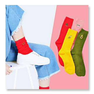socks fruits 3D