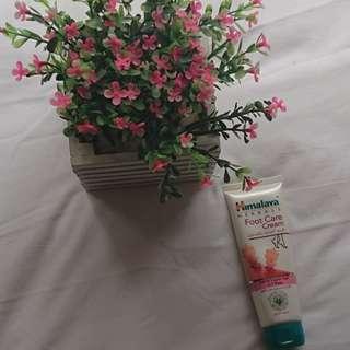 DUBAI BRAND - Foot Cream Herbal (HIMALAYA HERBAL)