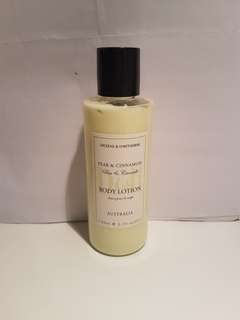 Dickens & Hawthorne, Pear & Cinnamon Body Lotion