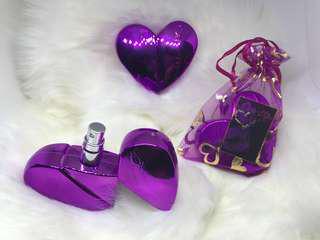 Long lasting oil based perfumes
