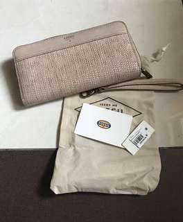 nude fossil wallet