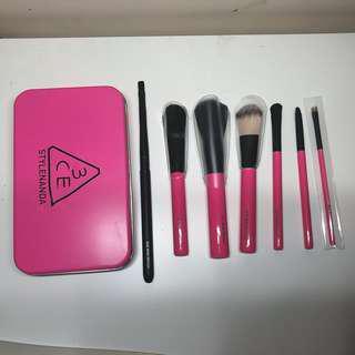 3CE mini brush kit (Travel Size)