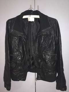 Outer Edge Leather Jacket Preloved Women S Fashion Clothes On