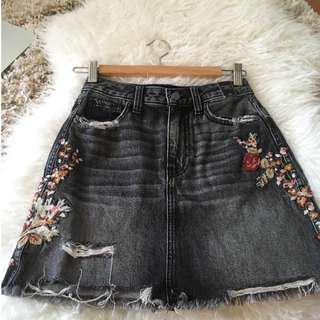 Abercrombie and Fitch black floral skirt