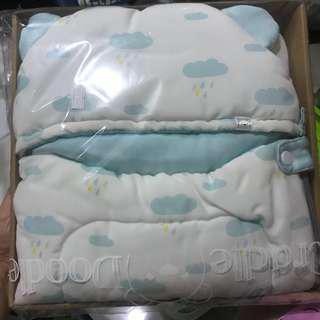Cocoon baby hoodie (selimut topi bayi)