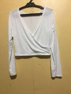 Clearance Sale!!Bnew Emporium Overlap Croptop