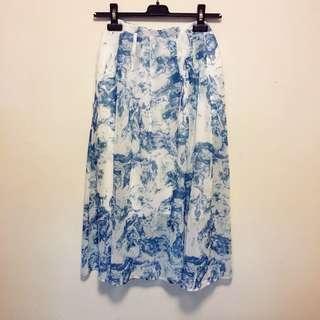initial Ladies printed chiffon skirt