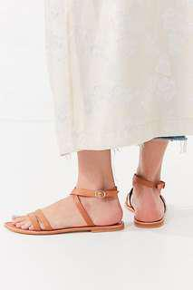 Urban outfitters brown leather sandals size 7
