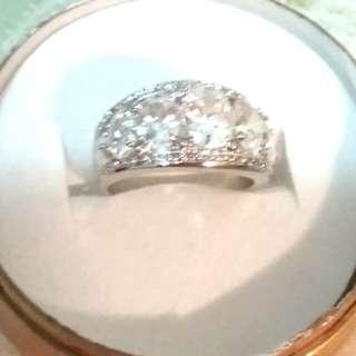 靚靚水晶戒指