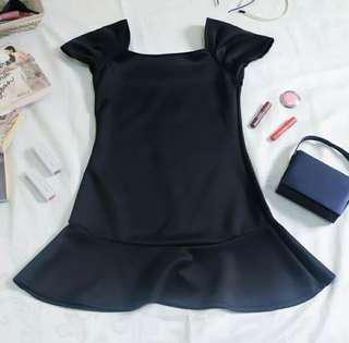 Black dress (garterized)