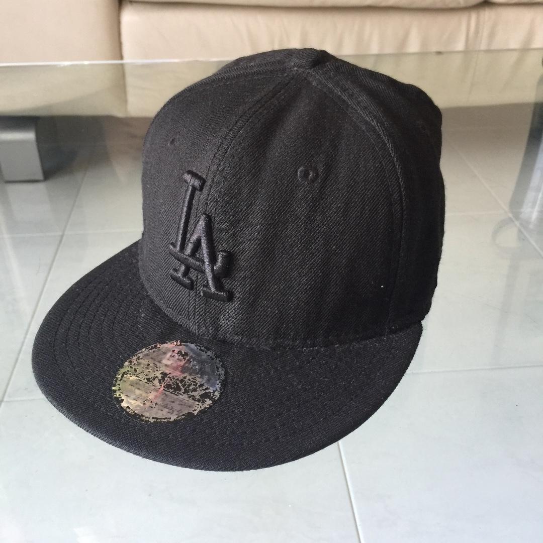 d0f56500bb40e AUTHENTIC NEW ERA LA Baseball Cap 7 1 4 9.5 10