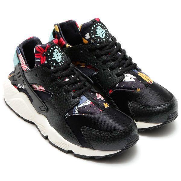 f0a5cef9e67a AUTHENTIC Nike Air Huarache Black Aloha Floral Shoes