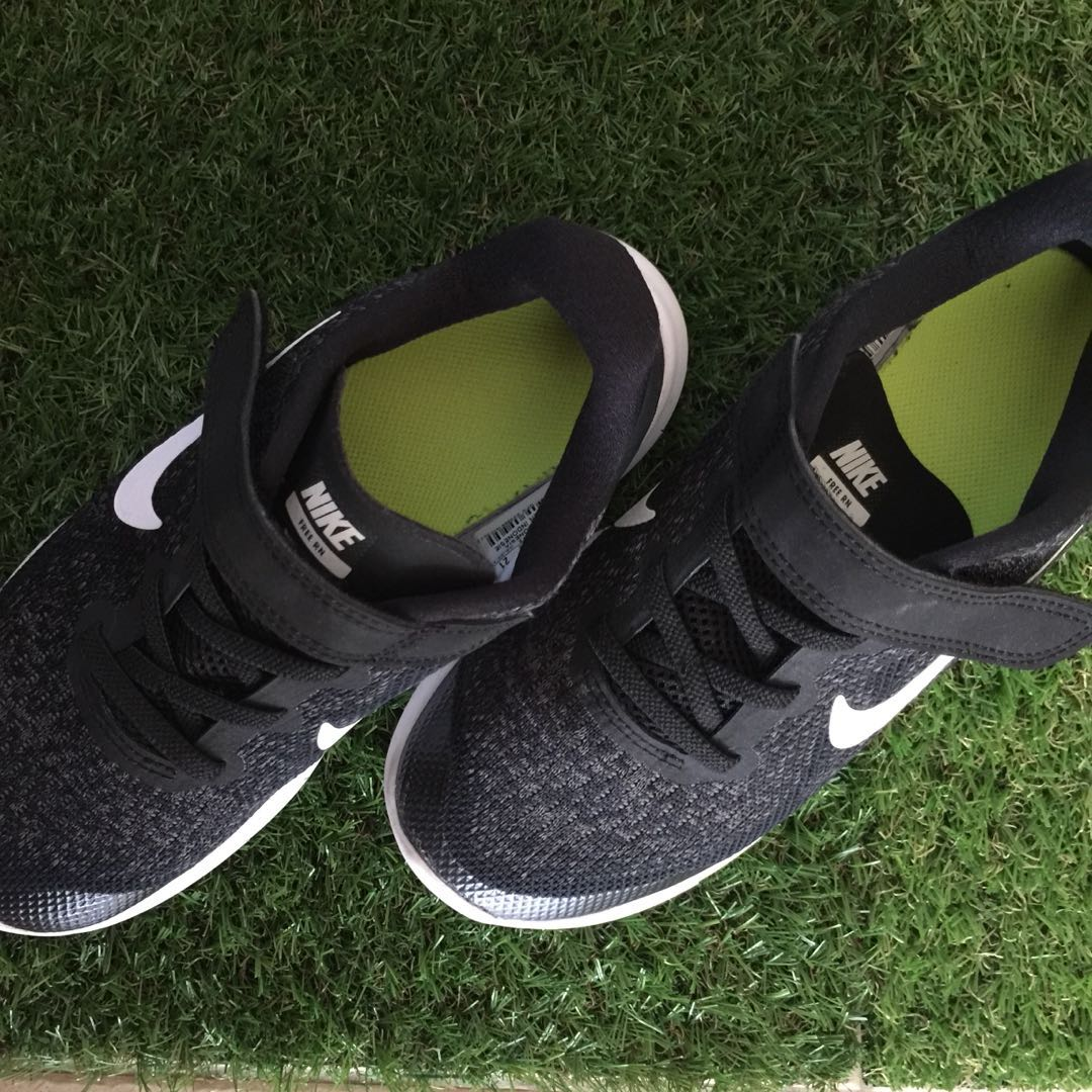 3d7c6eeb8a2a Authentic Nike Free RN - Preloved Kids Running Shoe