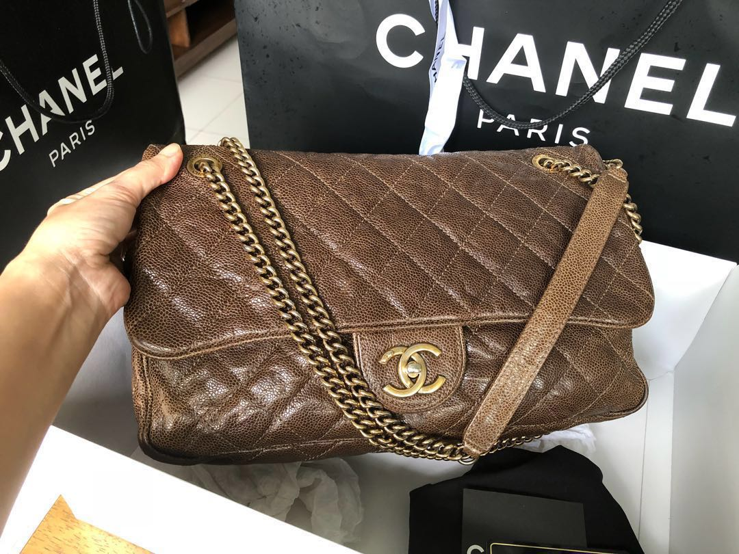00eb7f6b9732 Chanel easy flap jumbo distressed caviar GHW