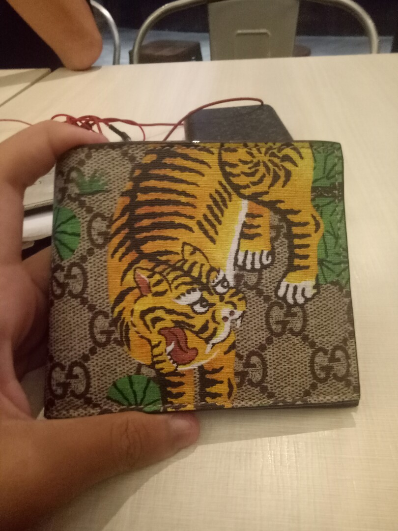 897fb3283a0e Gucci Bengal Tiger Wallet, Men's Fashion, Bags & Wallets, Wallets on ...