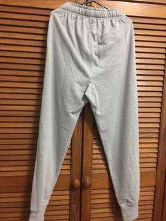 🚚 Grey Sweatpants