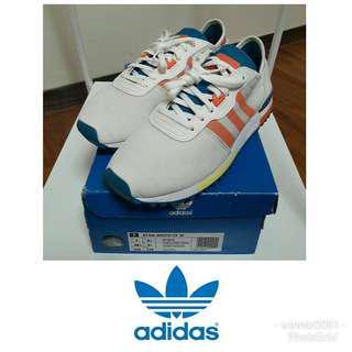 adidas 復古運動鞋 24cm