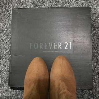 Forever 21 Tan Suede Boots