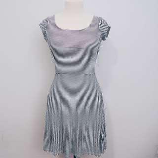 Striped dress || American Eagle