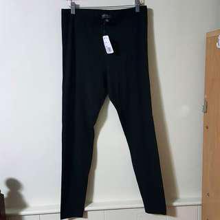 Forever 21 + Black Leggings Size 1X