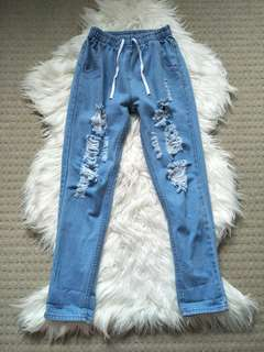 Paper bag elastic waist ripped jeans