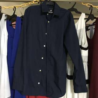 H&M slim-fit long sleeves polo