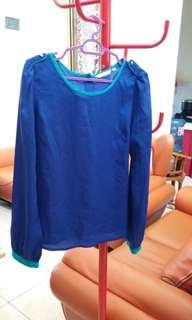 Blouse biru