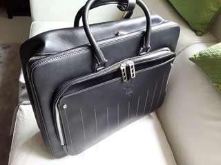 MASERATI LEATHER (ITALY) CABIN LUGGAGE - CLEARANCE!