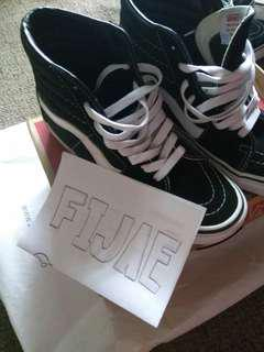 Vans Sk8 Hi Original Black and White