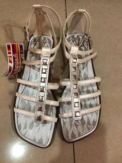 🚚 Grendha羅馬涼鞋