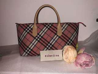 【RARE! 】Burberry Blue Label Japan Coral Pink Nova Check(Boat Shape) Bag