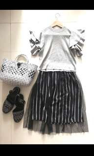 🈹Korea Black white stripes mesh skirt 黑白間條紗面半身裙