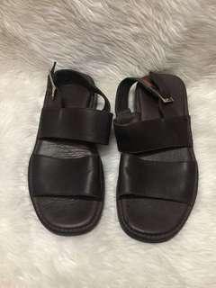 Authentic gucci sandals unisex size 40