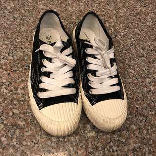 🚚 女休閒鞋