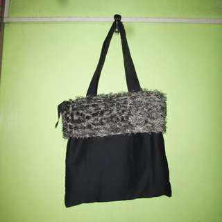 Black Tote Bag with Fluffy Fabric