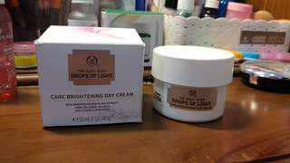 [The Body Shop] Drops of Light - Care Brightening Day Cream