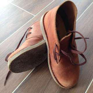 Clarks mid cut boots