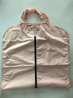 Max & Co suit Bag Fabric