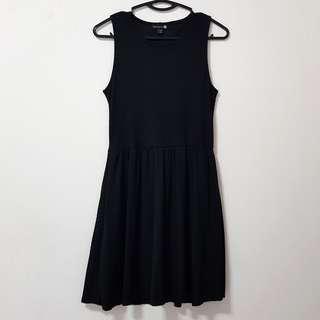 ✨ Cotton On Black Stripped Dress