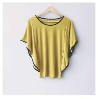 (SALE!) Mustard batwing top